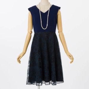 GRACECONTINENTALグレースコンチネンタルのバイカラーフラワー刺繍ドレス