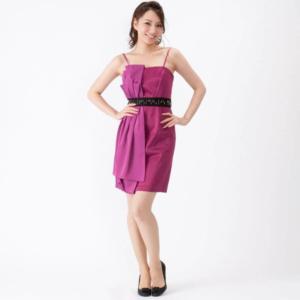 BCBGビーシービージーのビーズ付デザインドレス