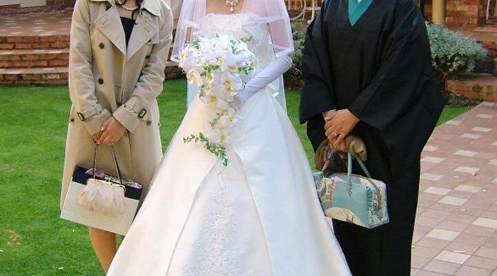 兄弟・親族の結婚式服装マナー&10~50代の年齢別ドレス