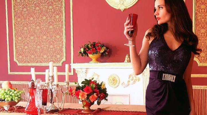 ホテルディナーや記念日ディナーのドレスコード