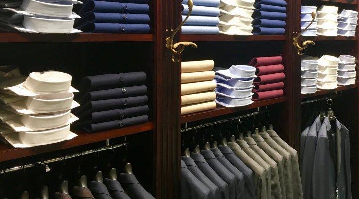 礼服とビジネススーツの違い3